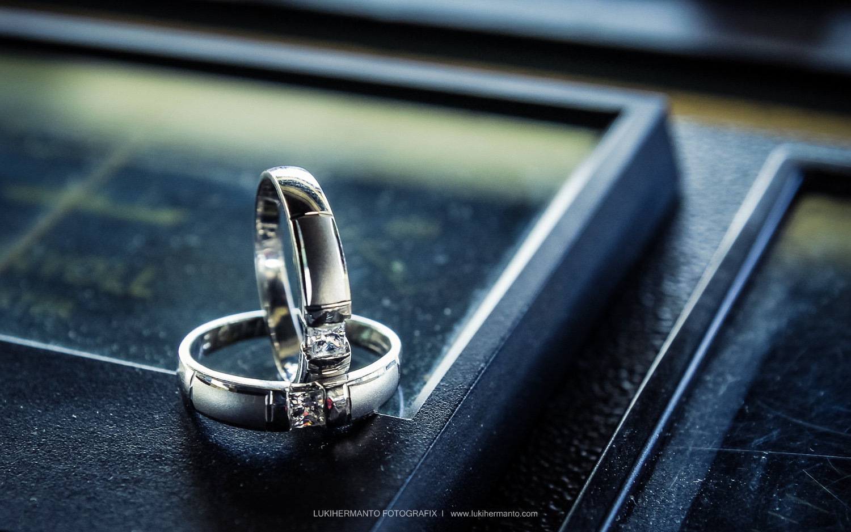 foto cincin prewedding dan pernikahan